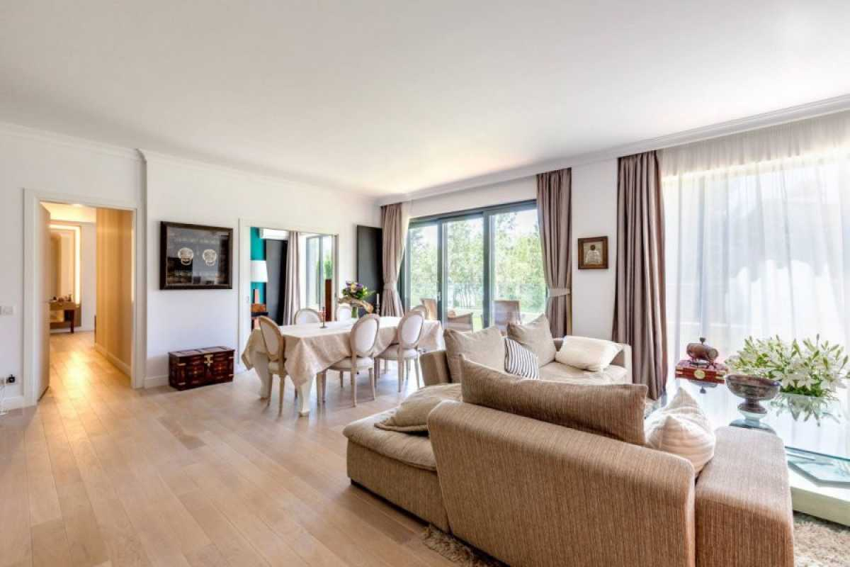 4 Bedroom Penthouse For Sale In One Floreasca Lake