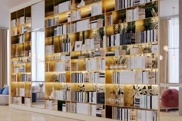 BibliotecaCamera003 Post