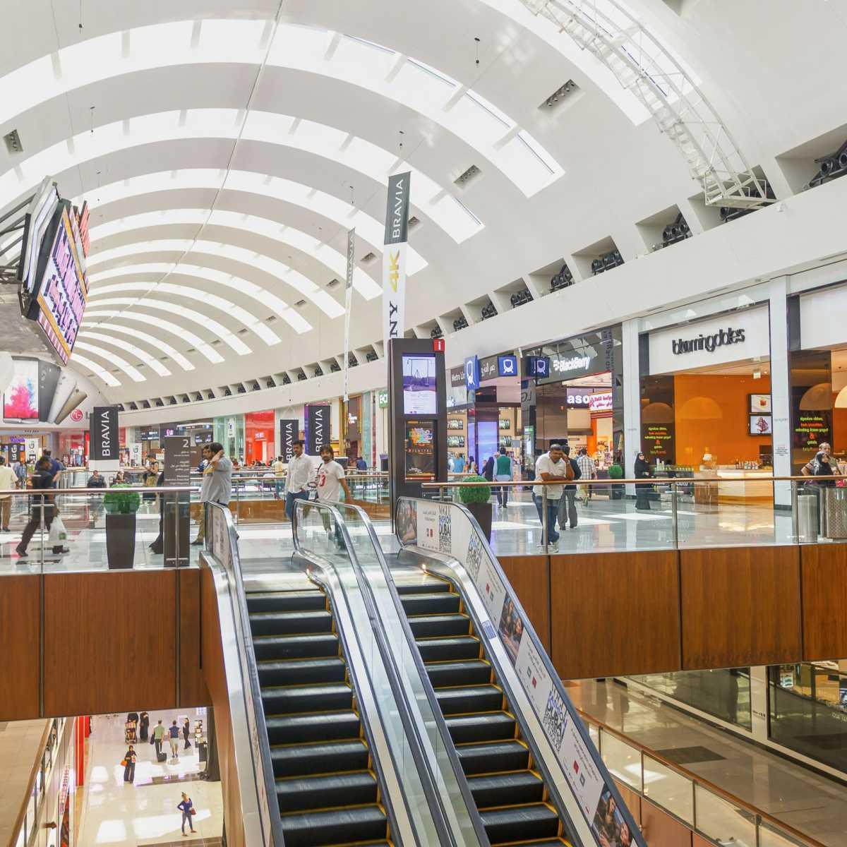 La shopping în cele mai mari mall-uri din lume